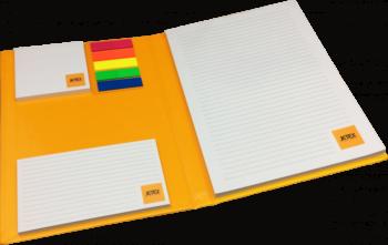 luxe schrijfblok met logo en post-its en pagemarkers