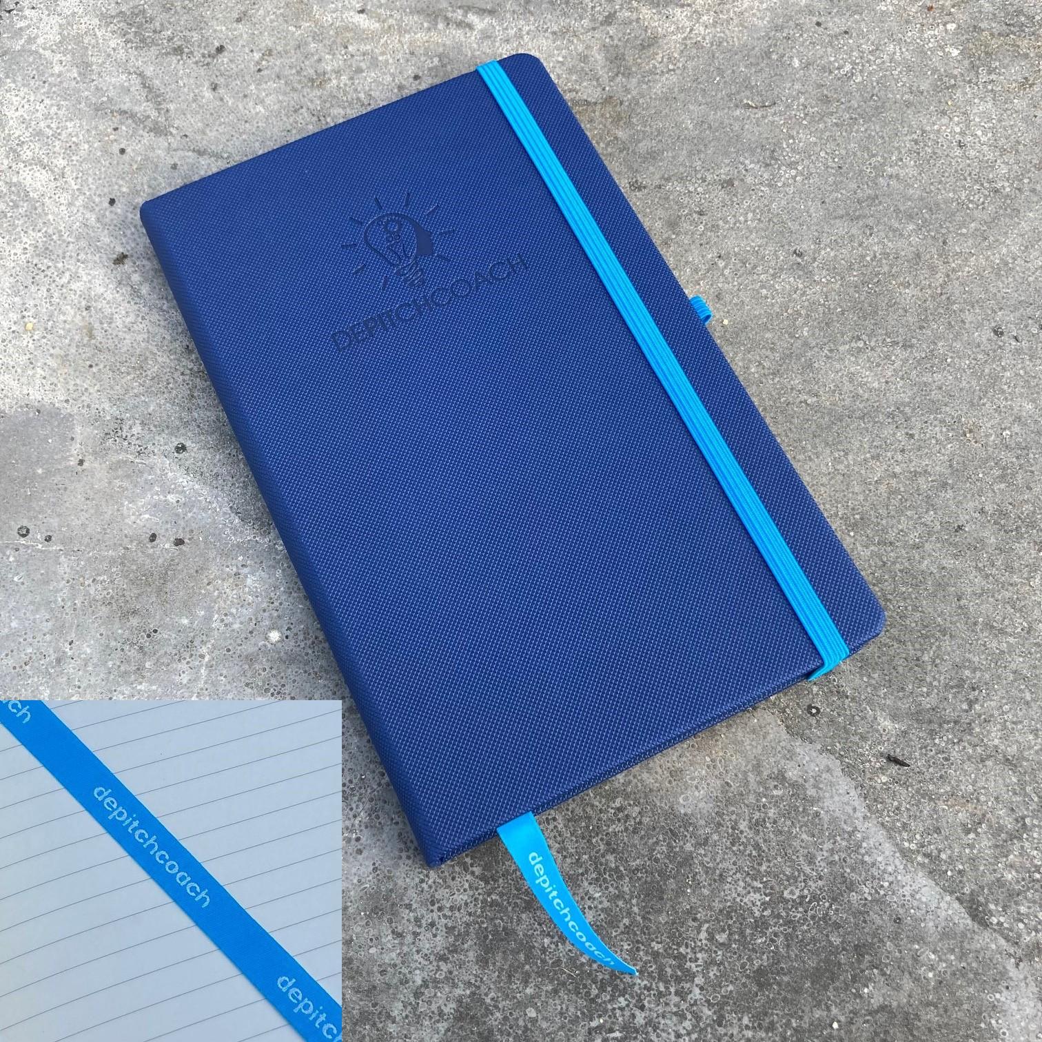 Notitieboek met logo op leeslint
